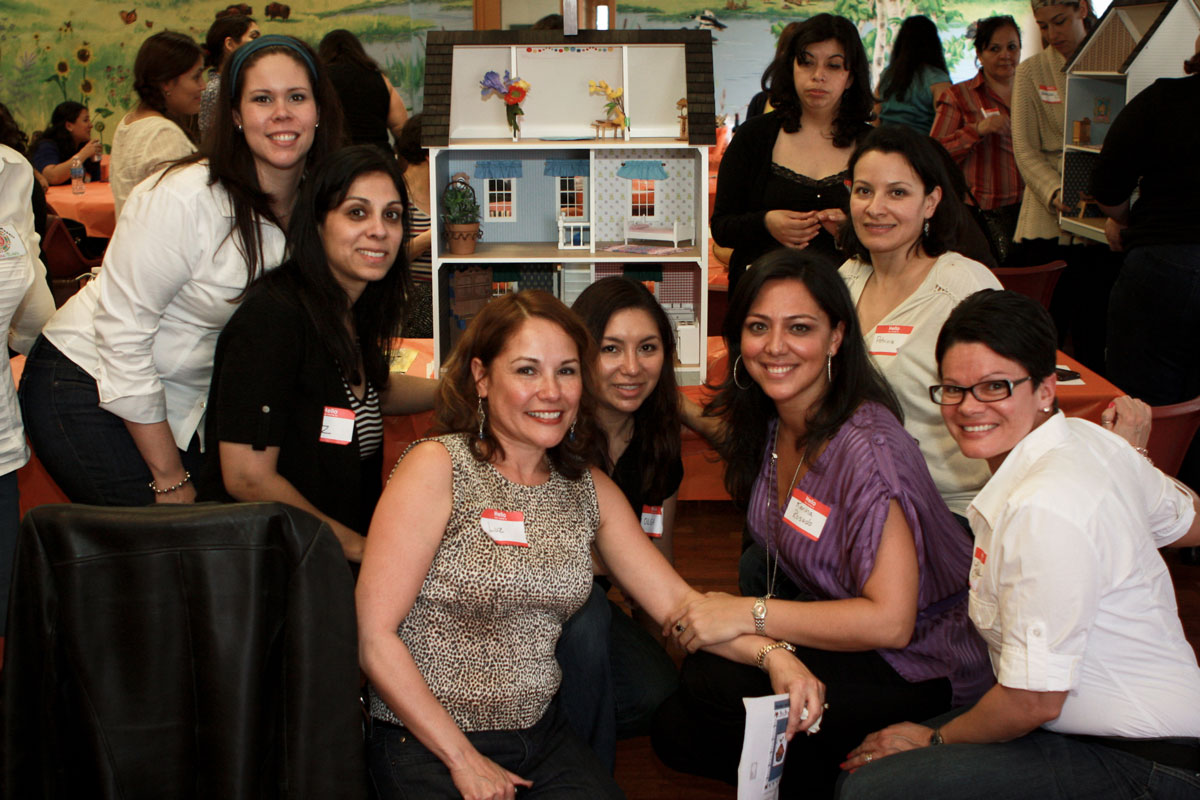 <h4>We donated Dollhouses made in the Conference to El Valor, Casa Central, and The Miracle Center i